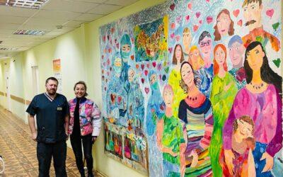 Детская городская больница №5 им. Филатова получила в дар от нас монументальную картину «Благодарность врачам, борющимся с COVID-19»